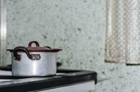 old cooking pot in a house Imagens