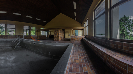empty abandoned swimming pool panorama view 스톡 콘텐츠