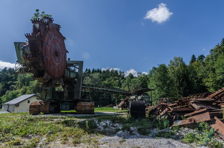 old bucket wheel excavator panorama view Imagens