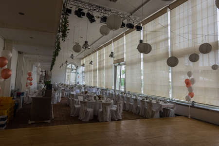 large room and white decoration for a wedding in a palace Archivio Fotografico