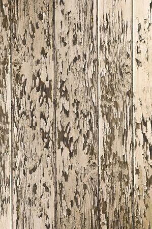 peeling paint: vernice peeling su struttura di legno