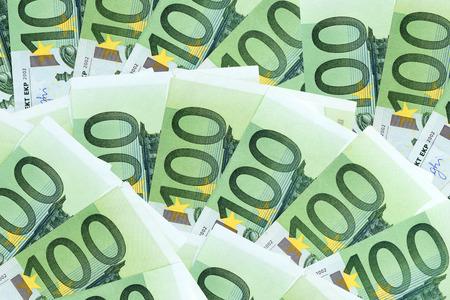 many one hundred eurosbank notes