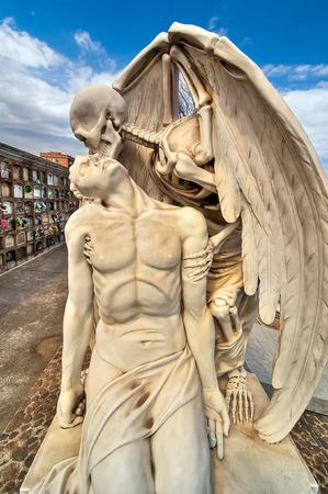 Beautiful sculpture at the cemetery of Poblenou, Barcelona, Spain 版權商用圖片