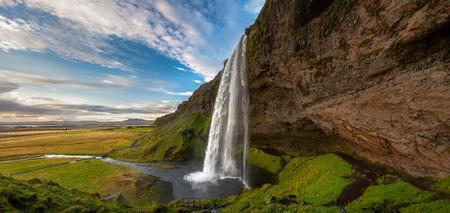 Panoramic view of Seljalandsfoss, Iceland 版權商用圖片