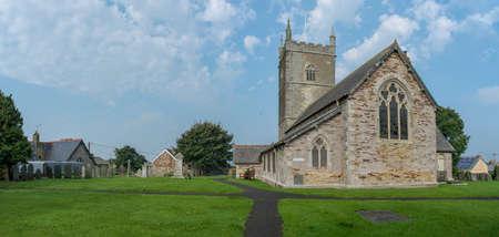 St Issey C of E Church in north Cornwall, UK 版權商用圖片 - 150491262