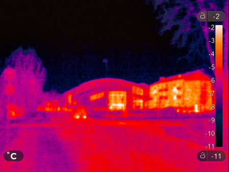Thermal picture of a small town in winter Standard-Bild
