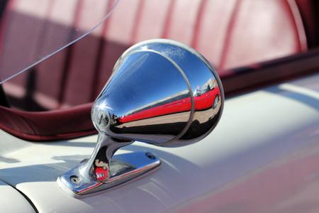 retrovisor: Antiguo espejo retrovisor