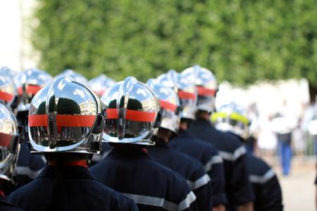 batallón: Desfile del cuerpo de bomberos
