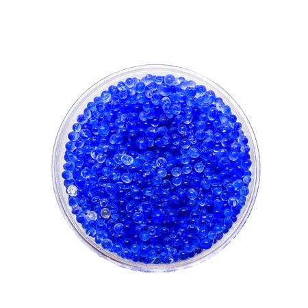 silica: blu gel di silice su bianco Archivio Fotografico