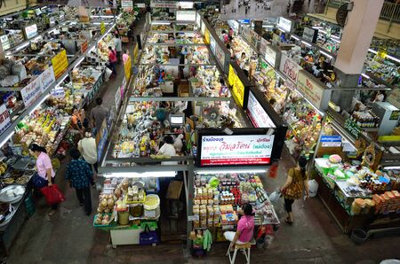 CHIANG MAI, THAILAND - NOVEMBER 1: Unidentified people at Warorot market , on November 1, 2011, in Warorot Market, Chiang Mai, Thailand. Editorial