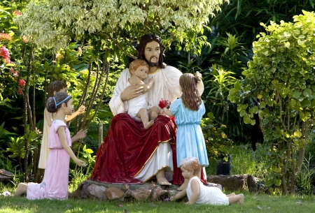 Les disciples de Jésus est devenu connu en tant que chrétiens, comme dans Actes 11 26 parce qu'ils croyaient que Jésus est le Messie prophétisé Christos dans la Bible hébraïque donc souvent appeler Jésus-Christ, ce qui signifie Jésus Christos 4 Le mot était à l'origine une Banque d'images
