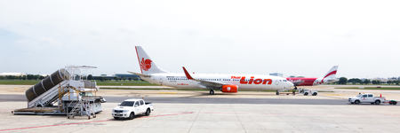 cheapness: Bangkok,Thailand - November 5, 2015 : Low cost airline domestic,Now the popular because cheapness,convenient and for a moment expedition.