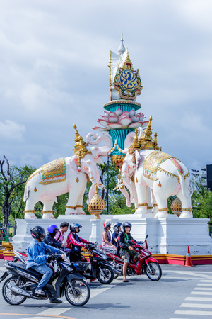 rooting: BANGKOK, Thailand - SEPTEMBER 25, 2015 : Unseen ancient building and more favorite landmark around the Royal Grand Palace are the main revenue business travel in Thailand. Editorial