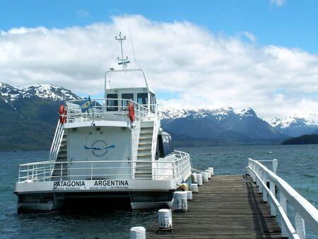lake nahuel huapi: Boat on the lake Nahuel Huapi, Argentina