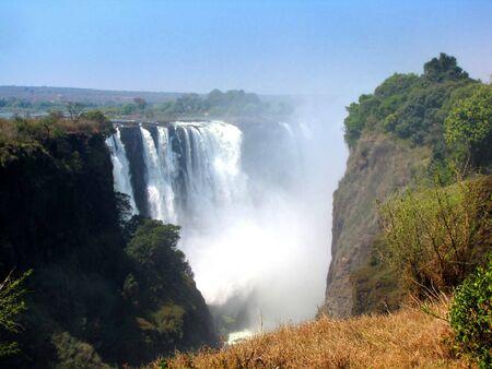 zimbabwe: Victoria Falls, visto desde el lado de Zimbabwe  Foto de archivo