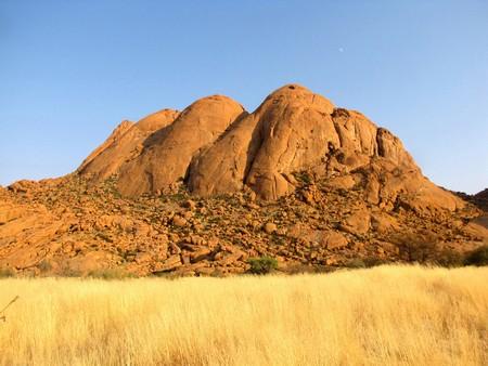 spitzkoppe: Lonely peak of Spitzkoppe mountain , Namibia