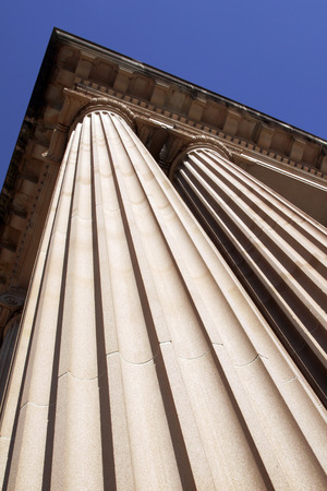 steep: Steep View Of Classical Columns, Pillar, Architecture, Building, Roof