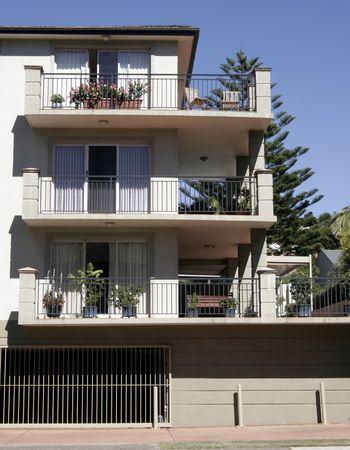 residents: Urban Apartment Building, Sydney, Australia
