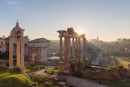 templo romano: Forum Romanum, Italy