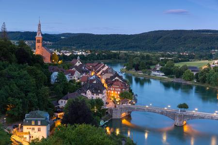 Laufenburg in Baden Wuerttemberg op de Rijn, Duitsland Stockfoto - 86029574