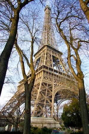 uprights: eiffel tower paris