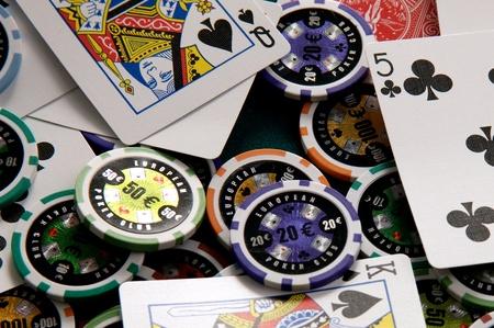 casino tokens: Poker gambling Stock Photo