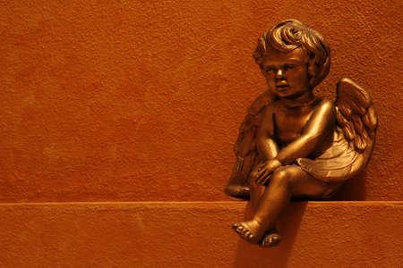 faux: Oro angelo dipinto a finto scaffale