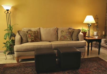 Living room with microfiber couch and matching lamps