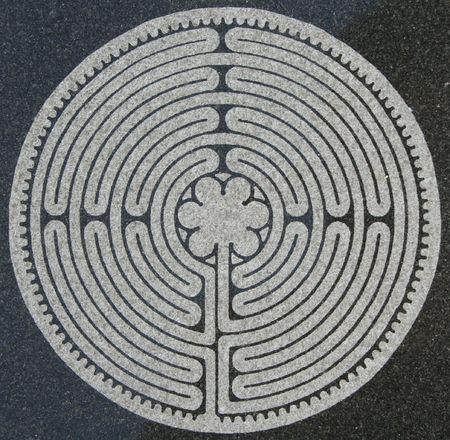 the maze: Laberinto grabado al agua fuerte en m�rmol