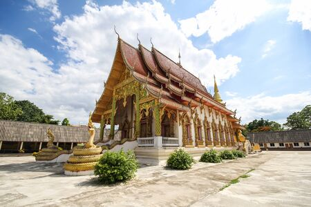 Wat Phra That Duang Deaw, Lamphun Thailand 스톡 콘텐츠