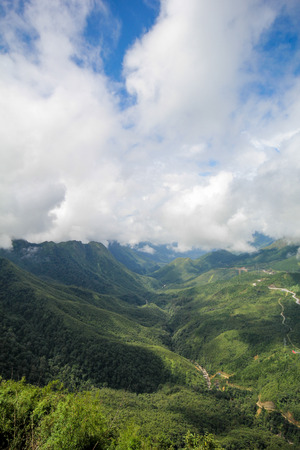 Landscape View from the Tram Ton Pass, Sapa District, Lao Cai Province, Northwest Vietnam 스톡 콘텐츠
