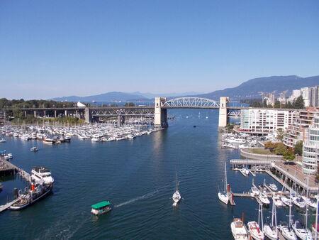 seabus: Burrard Bridge in Vancouver