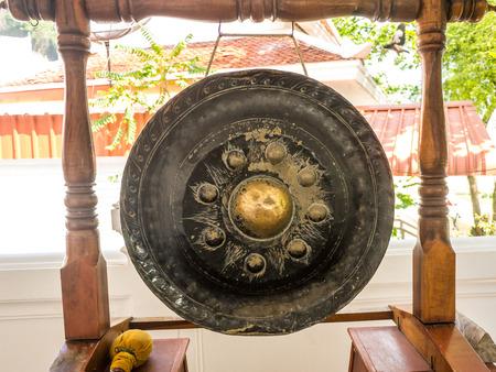 Thai native Gong. Ancient gong in Thailand 版權商用圖片