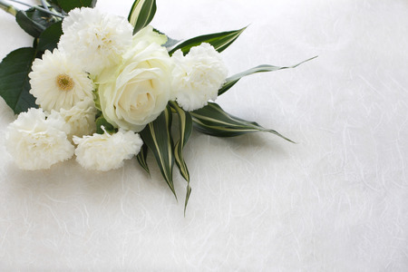 Three kinds of white flower arrangement material Banque d'images
