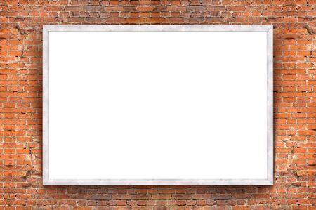 レンガ壁の背景に木製フレームと白紙の横断幕