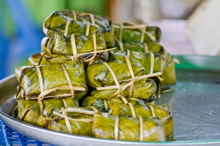 eat the plant: Thai bananas in sticky rice, khao tom mad