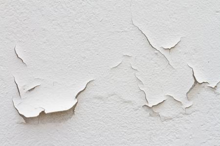 Peeling paint cause of moisture