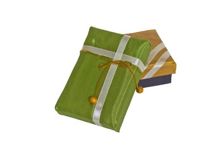 boxs: green and gold gift boxs