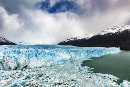 perito moreno: Perito Moreno Glacier, Argentina: October 2013.