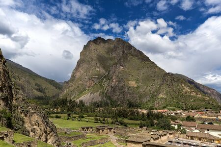 sacred valley: View of Ollantaytambo, in the Sacred Valley, Peru