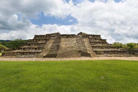 베라 크루즈, 멕시코의 엘 Tajin 고고학 사이트에서 피라미드의 세부 사항