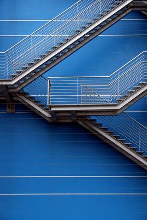 Detalhe das escadas de um prédio Imagens