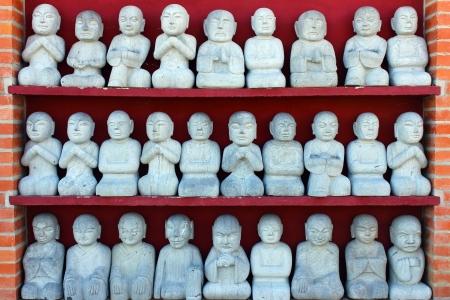 Estátuas orientais