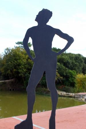 Iron Man: Man Iron Statue