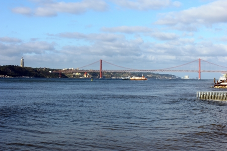 tagus: View over the Tagus river, Lisbon, POrtugal