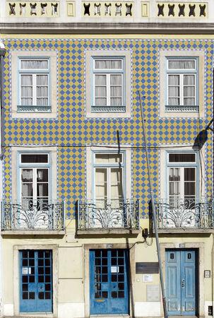 Prédio antigo, Lisboa, Portugal