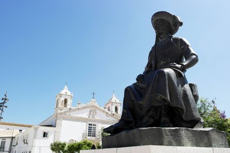 henry: Henry the Navigator statue, Lagos, Portugal