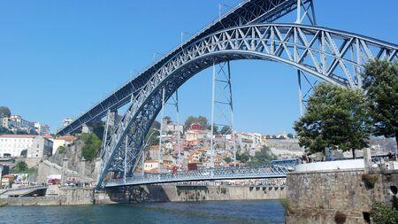 dom: Pont Dom Luiz, Porto, Portugal Éditoriale