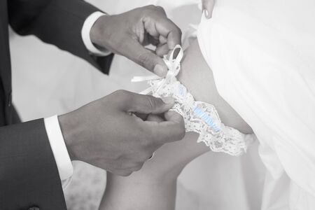 tradition: Wedding tradition wearing a Garter