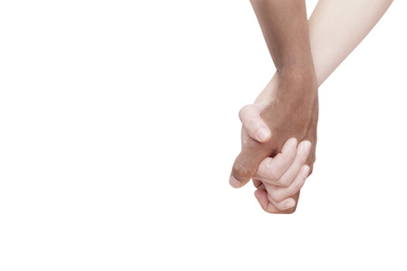 Interracial Paar Hand in Hand auf weißem Hintergrund Lizenzfreie Bilder
